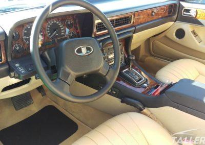 Acabado interior restauración Jaguar XJ