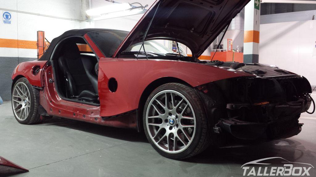 Repintado BMW Z4 M en rojo Imola