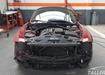 Comenzando a lijar BMW Z4 M