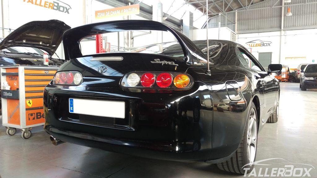Tapizado en cuero Toyota Supra MKIV