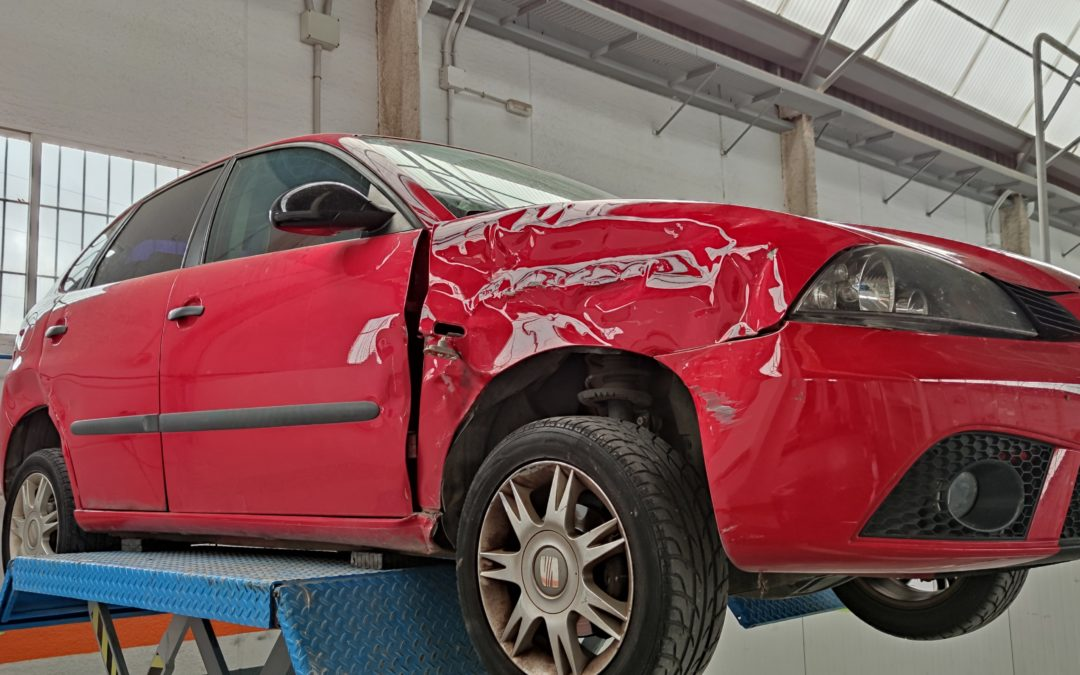 ¡En serio!, ¿puedo reparar mi coche aunque sea siniestro total?